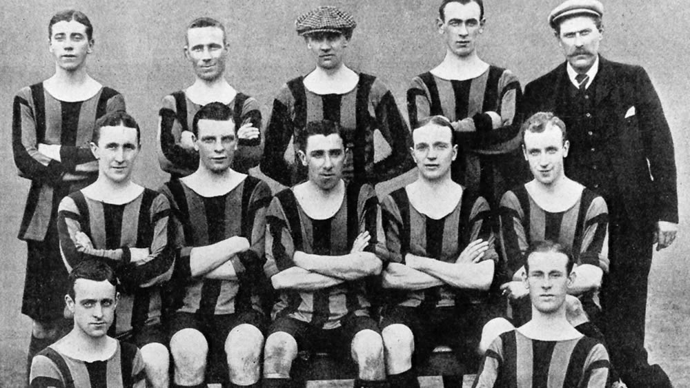 Aberdeen F.C. 1906-07 - No copyright - attached