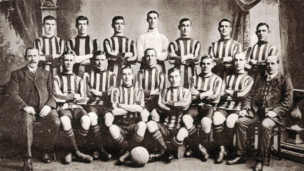 Aberdeen F.C. 1910-11 - Original B&W picture - No copyright - attached.