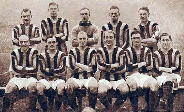 Aberdeen F.C. 1922-23 - Original B&W picture - No copyright - attached.